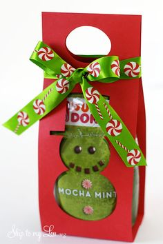 moch mint coffee gift carrier