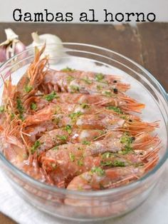 Gambas al horno con ajo y perejil / Baked prawns with garlic and parsley Catfish Recipes, Tilapia Recipes, Seafood Recipes, Cooking Recipes, Healthy Recipes, New Year's Food, Spanish Dishes, Seafood Dishes, International Recipes
