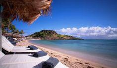 """Hotel Guanahani & Spa Saint Barhelemy-ben - A hotel, Saint Barthelemy-ben, a Guadeloupe-szigetektől észak-nyugatra található meg. Saint-Barthelemy egy igen kicsi sziget, alig több, mint 25 km2 a területe. """" Az egyedülálló Sziget"""", a Karib-tenger közepén helyezkedik el. Fővárosa Gustavia. Olvass tovább: http://www.stylemagazin.hu/hir/hotel-guanahani-spa-saint-barhelemy-ben/3520/"""