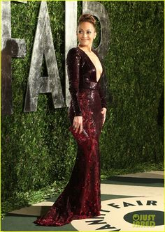 Jennifer Lopez in her second Zuhair Murad dress of the night.