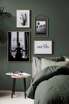 Groen in de slaapkamer is dé trend van 2018 Bedroom Inspo, Home Bedroom, Master Bedroom, Bedroom Decor, Green Rooms, Bedroom Green, Bedroom Colors, Green Bedroom Design, House Rooms