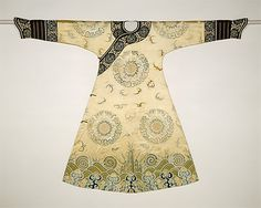 "Woman's Embroidered Ceremonial Robe (The Bat Medallion Robe), Qing dynasty (1644-1911), 18th c., China, silk and metallic thread on silk satin. ""Less formal than a dragon robe, the ceremonial robe was worn by women for celebratory occasions, such as birthdays and anniversaries."""