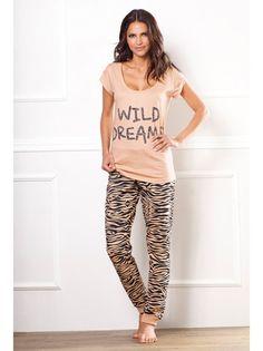 pijamas modernos mujer - Buscar con Google Womens Pj Sets, Womens Pjs, Bikinis, Swimsuits, Pyjamas, Nightwear, Pajama Set, Lounge Wear, Valentino