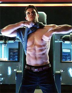 Robbie Amell On 'The Tomorrow People' ...I mean, someone went through all the trouble of making this gif...it's like I HAVE to pin it now