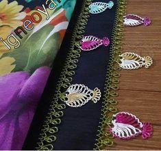 İgne oyasi yazma modelleri Filet Crochet, Crochet Shawl, Baby Knitting Patterns, Crochet Patterns, Crochet Unique, Tatting Lace, Needle Lace, Lace Making, Macrame Jewelry