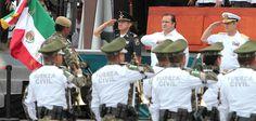 El Gobierno de la República reconoce la iniciativa de los veracruzanos de poner en marcha la Fuerza Civil, con lo cual dan un paso importante para contar con un cuerpo policíaco profesional y eficaz, dijo el comisionado Nacional de Seguridad Pública, Monte Alejandro Rubido García.