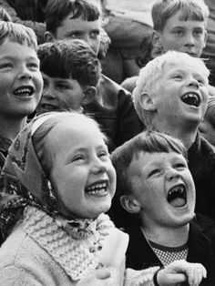Children Enjoying a Punch and Judy Show Photographic Print by Shirley Baker