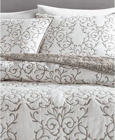 Bedroom Designs For Couples, Bedroom Ideas, Embroidered Bedding, Home Curtains, Quilted Bedspreads, Twin Quilt, Queen Quilt, Space Furniture, Martha Stewart