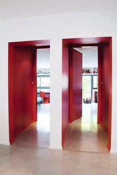 Des portes colorées - Mettre de la couleur dans chaque pièce - CôtéMaison.fr#diaporama#diaporama#diaporama