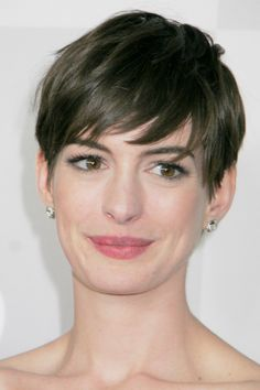 Anne Hathaway  - The Trendiest short Hairstyle for 2013