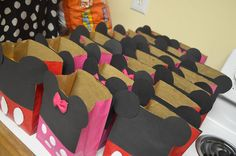 DIY minnie & mickey mouse goodies bags. kids loved it!!! check out blog for more minnie ideas