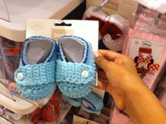 Aww Little Girl Outfits, Little Girls, Kids Outfits, Slippers, Children, Baby, Clothes, Shoes, Fashion