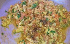 Anda Bhurji Pakistani Food Recipe is very tasty and delicious recipes. It is prepared within 10 minutes and your breakfast egg recipe is ready to eat. Anda Bhurji Recipe, Lipton Green Tea, Egg Recipes For Breakfast, Tasty, Yummy Food, Vegetarian Chili, Recipe For Mom, Chefs, Food Print