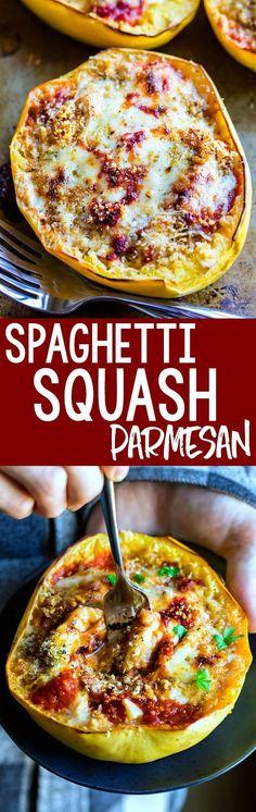 This vegetarian Spaghetti Squash Parmesan is a guaranteed win for dinner! #Parmesan #Spaghetti #Vegetarians
