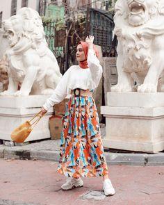 Casual Brunch Outfit, Casual Hijab Outfit, Hijab Chic, Hijab Dress, Hijab Fashion Summer, Muslim Fashion, Modest Fashion, Fashion Outfits, Simple Pakistani Dresses