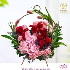 Online Flower Shop, Online Flower Delivery, Creative Wedding Gifts, The Giver, Bloom Blossom, Rose Gift, Order Flowers, Florists, Abu Dhabi