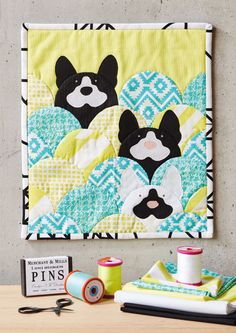 How to sew a scalloped animals mini quilt