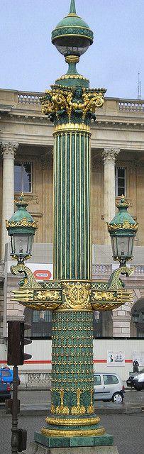 Lamppost in Place de la Concorde, París