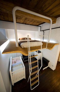 I love loft beds - like being in a treehouse! #Loft #Bed #Tiny House