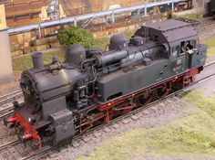 Model Trains, Military Vehicles, Weather, Display Stands, Trains, Locomotive, Ageing, Paint Techniques, Metal