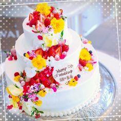 食べられる花「エディブルフラワー」を使った結婚式アイテムまとめ | marry[マリー]