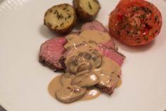 En lækker sauce er et must til et lækkert stykke kød. Denne svampesauce er nem at lave og så smager den bare vildt godt!