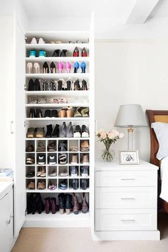 California Closets makes over one domino staffer& scary shoe situation in her small apartment. See how California Closets transformed one disorganized shoe closet into a beautiful storage situation. California Closets, California Apartment, California Decor, Organiser Son Dressing, Shoe Cupboard, Shoe Cabinet, Regal Design, Apartment Bedroom Decor, Apartment Living