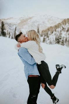 Look at these 39 Photos of Madly In Love Couples Look at these 39 Photos of Madly In Love Couples couples love madly photos these winteranimals winterboots wintercoat wintercouple wintermountains winterparty wintertheme wintertree Couple Picture Poses, Couple Photoshoot Poses, Photo Couple, Couple Photography Poses, Winter Photography, Couple Posing, Couple Shoot, Halloween Costume Couple, Couples Halloween