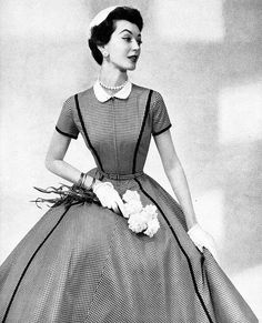 Total mid-50s dress swoon! #vintage #fashion #1950s