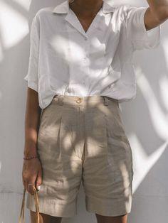 Bermuda Shorts Outfit, Summer Shorts Outfits, Short Outfits, Spring Outfits, Khaki Shorts Outfit, Pants To Shorts, Short Dresses, Gray Shorts, Casual Shorts