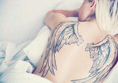 tatouage Ailes Noir-et-blanc