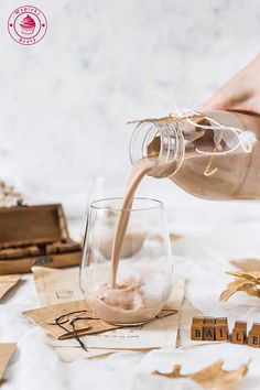 recipe for homemade baileys liqueur on We Heart It Homemade Baileys, Polish Recipes, Polish Food, Party Drinks, Alcoholic Drinks, Place Card Holders, Table Decorations, Cheers, Cookies