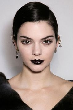 Best Makeup Trends for Fall 2016 - Fall 2016 Runway Beauty