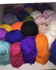 Uzunca bir süre ip almayacağım part 2 #orgu #örgü #örgüsaati #bebekbattaniye #battaniye #örgümotif #yarn #patterncrochet #pattern #crochet #crochetblanket #crochetedwithlove #crochetflowers #crochetlove #crochetlover #crochetgram #crocheting #ing #hanmade #crochetfun #crocheter #yarnlove #yarnaddic #yatakörtüsü #yatakortusu #granny #örelim #örenbayan #knitting by busenin_orguleri