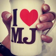 I❤️MJ #だっせー😂笑 #いーのいーの😝 . #あたちの☕️ . #これでコーラ飲むの . . #マグカップ #MichaelJackson #マイケルジャクソン #mj #ネイル #nail #gradation #グラデーション #ジェルネイル #ネイルサロン #セルフネイル #white #白 #music #音楽 #fashion #dance #love #life #japan #日本 #kingofpop #カップ #l4l #like4like #likeforfollow
