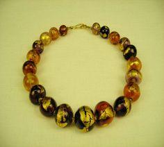 221 Collier a perles creuses ambre et amethyste avec feuille d'or | Flickr: partage de photos!