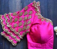 Sari Blouse, Blouse Designs Catalogue, Blouse Back Neck Designs, Wedding Saree Blouse Designs, Hand Work Blouse Design, Stylish Blouse Design, Fancy Blouse Designs, Fancy Dress Design, Latest Saree Blouse Designs