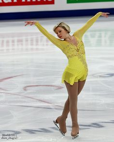 Rachael Flatt Us Figure Skating, Figure Skating Outfits, Figure Skating Costumes, Figure Skating Dresses, Gym Leotards, Ice Skaters, Olympic Gymnastics, Ice Dance, Beautiful Figure