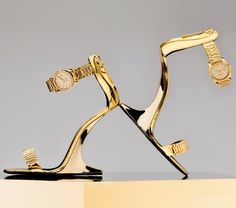 The footwear collaboration, designed by the young British designer Christian Cowan and produced with the expertise of Giuseppe Zanotti, was presented at Cowan's Spring 2019 runway show in New York. Fancy Shoes, Crazy Shoes, Me Too Shoes, Women's Shoes, Shoe Zone, Giuseppe Zanotti Shoes, Beautiful High Heels, Italian Shoes, Fashion Sandals