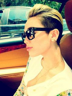 Miley Cyrus showed off her sleek Céline sunglasses while riding in the car. Source: Twitter user MileyCyrus http://www.sologafasdesol.com/gafas-de-sol/celine