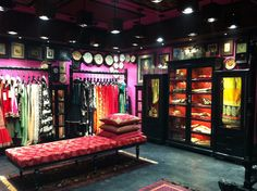 Sabyasachi Mukherjee launches store in Hyderabad. The southern city now has its own earthy fashion style to shop for! http://www.luxuryfacts.com/index.php/sections/article/3535