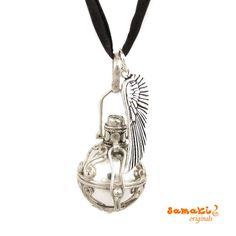Lust auf Sommer - #samakioriginals #mallorca: #Engelsrufer + #Flügel Kette in Silber mit #Mondstein hier gehts zum #samaki Engelrufer #Schmuckstück: http://www.samakishop.com/epages/61220405.sf/de_DE/…