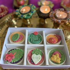 Diwali Food, Diwali Gifts, Happy Diwali, Diwali Decorations At Home, Oreo Biscuits, Crazy Hat Day, Diwali Celebration, Sweet Box, Cookie Gifts
