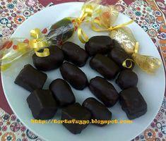 Tortafüggő Marisz: Vajkaramellás házi szaloncukor Christmas Candy, Fudge, Cookie Recipes, Sweets, Homemade, Cookies, Vegetables, Fruit, Desserts