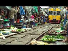 傳說中的泰國鐵道市場(Maeklong Railway Market, ตลาดแม่กลอง) - YouTube