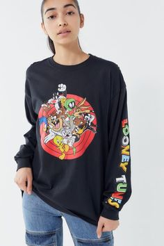 Check out Looney Tunes Long Sleeve Tee from Urban Outfitters Size: S Looney Tunes, Doc Martens, Cool Outfits, Fashion Outfits, 80s Fashion, Fashion Ideas, 90s Shirts, Cartoon Outfits, Long Sleeve Tee Shirts
