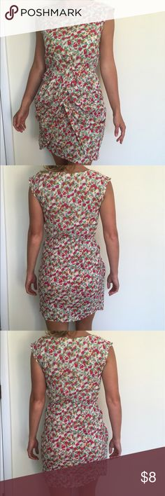 Floral summer dress from Australia -- US size 2 Unusual summer dress with floral pattern. Brand is Lila. Never worn. Lila Dresses Mini
