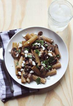 Mushrooms & Red Wine Pasta - A BEAUTIFUL MESS