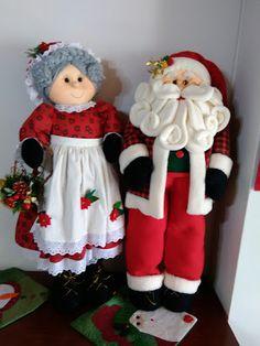 MANUALIDADES OMA TEL: 235 82 51 CELULAR: 300 470 52 89 Medellín Christmas Elf Doll, Christmas Storage, Christmas Costumes, Primitive Christmas, Christmas Tree Toppers, Felt Christmas, Outdoor Christmas, Country Christmas, Christmas Decorations