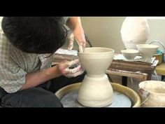 ▶ 88. Throwing Varous Shape and Size Bowls off the Hump with Hsin-Chuen Lin - YouTube